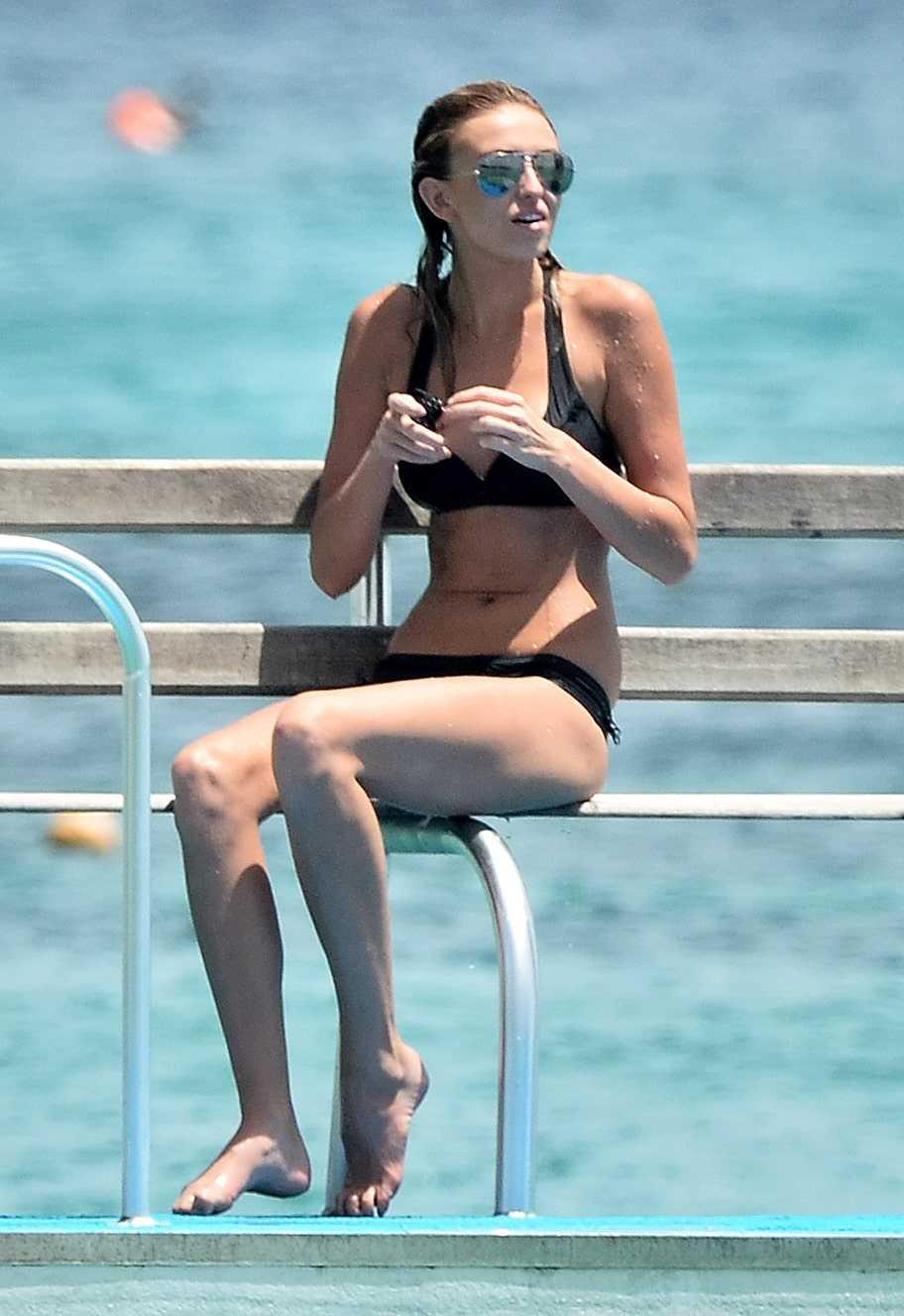 Paulina-Gretzky-black-bikini