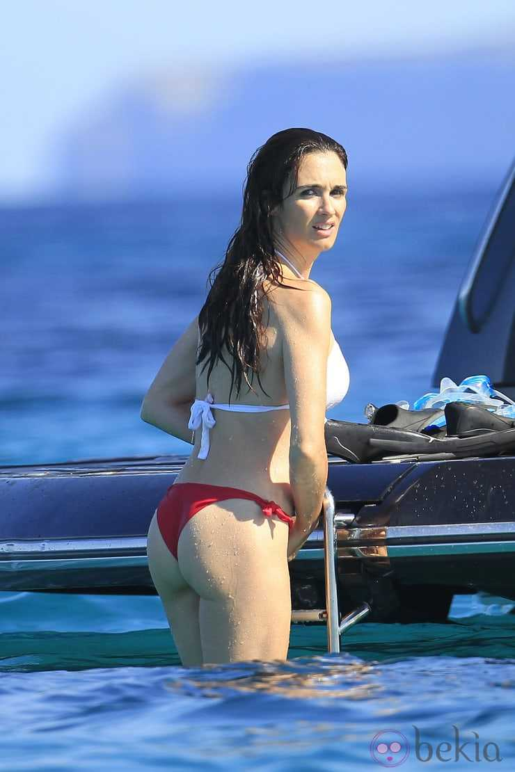 Paz Vega sexy butt pic