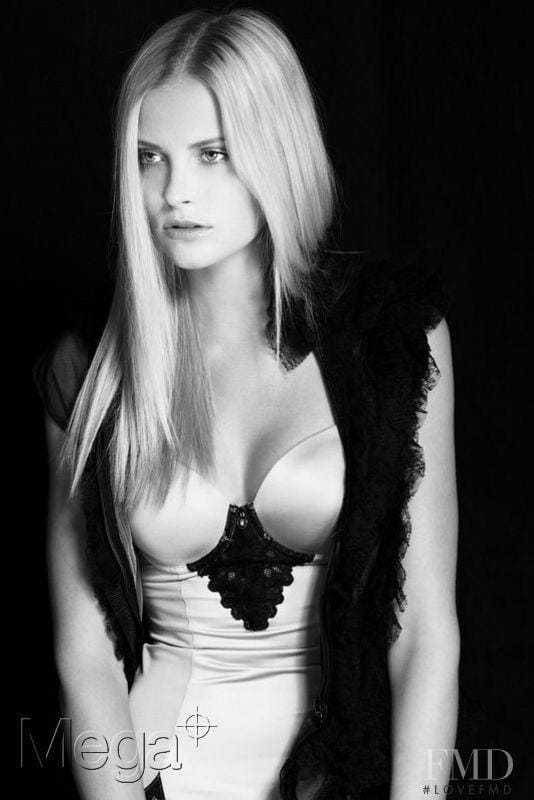 Petra Silander boobs