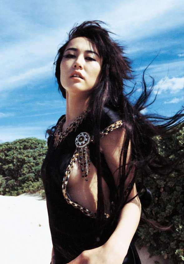 Rinko Kikuchi boobs