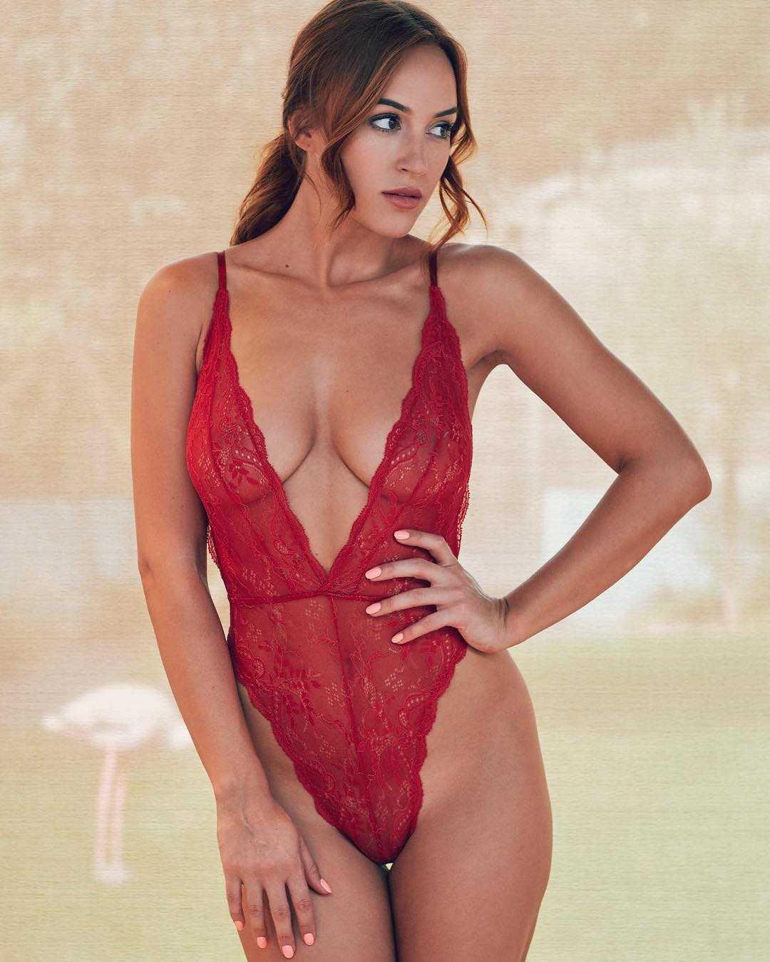 Rosie-Jones-hot-lingerie-pictures-2