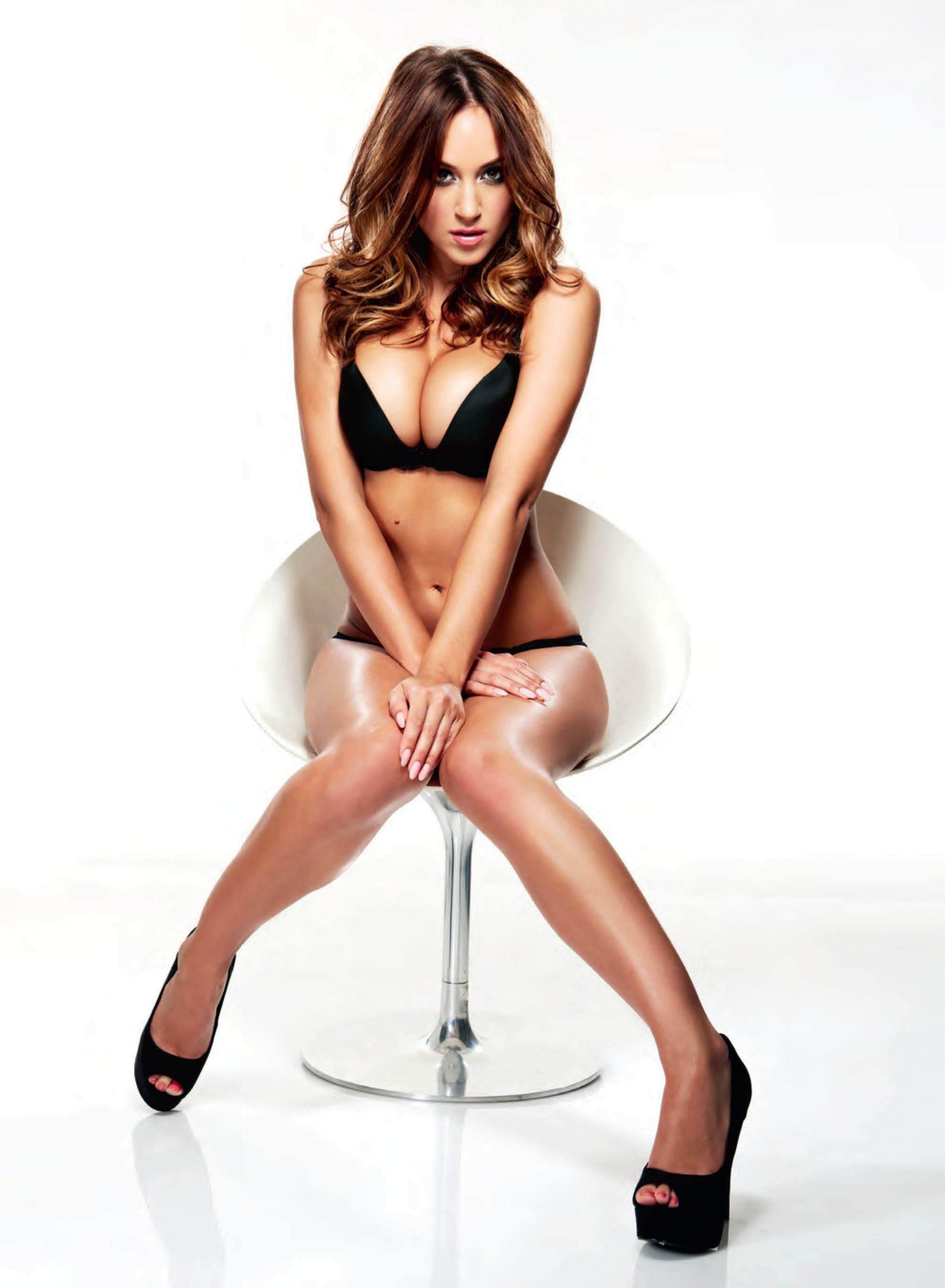 Rosie Jones hot