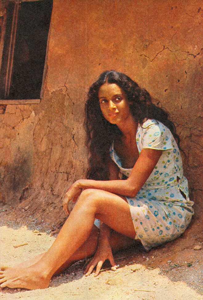 Sônia Braga beautiful