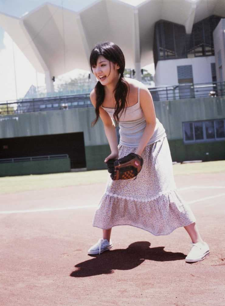 Sayumi Michishige sexy