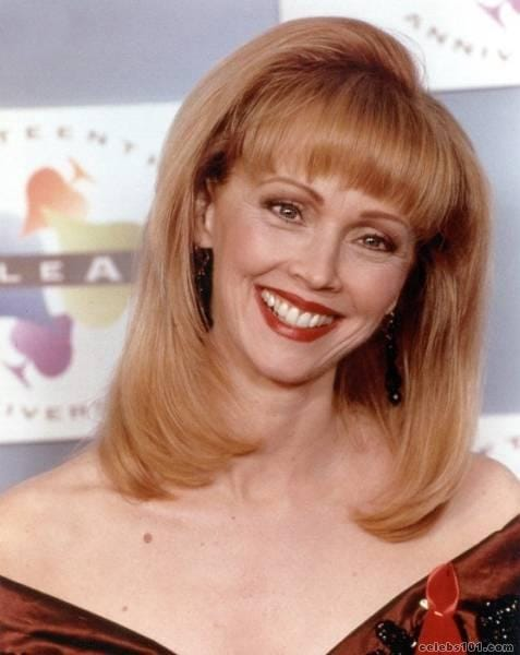40 Shelley Long Sexy Pictures Showcase Her Ideally Impressive Figure | GEEKS ON COFFEE
