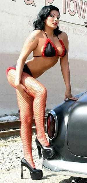 Shelly Martinez hot bikini pic