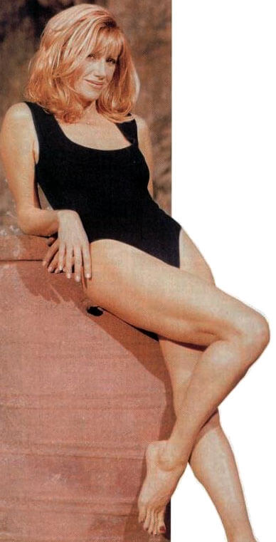Suzanne-Somers-sexy