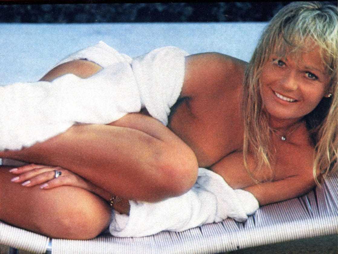Valerie Perrine sexy photos