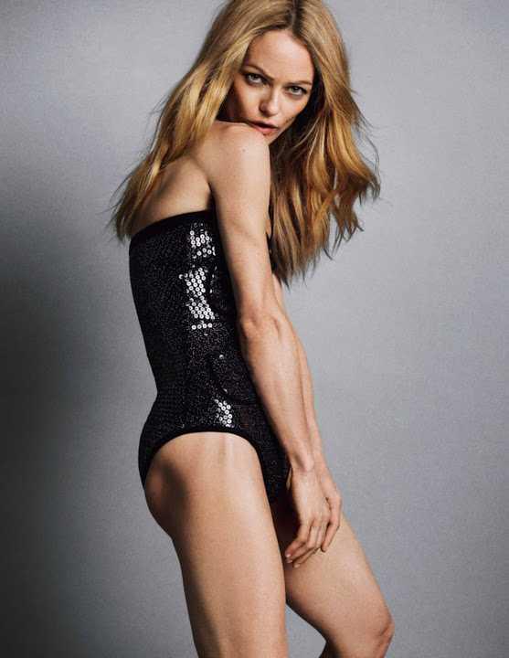 Vanessa Paradis ass pics
