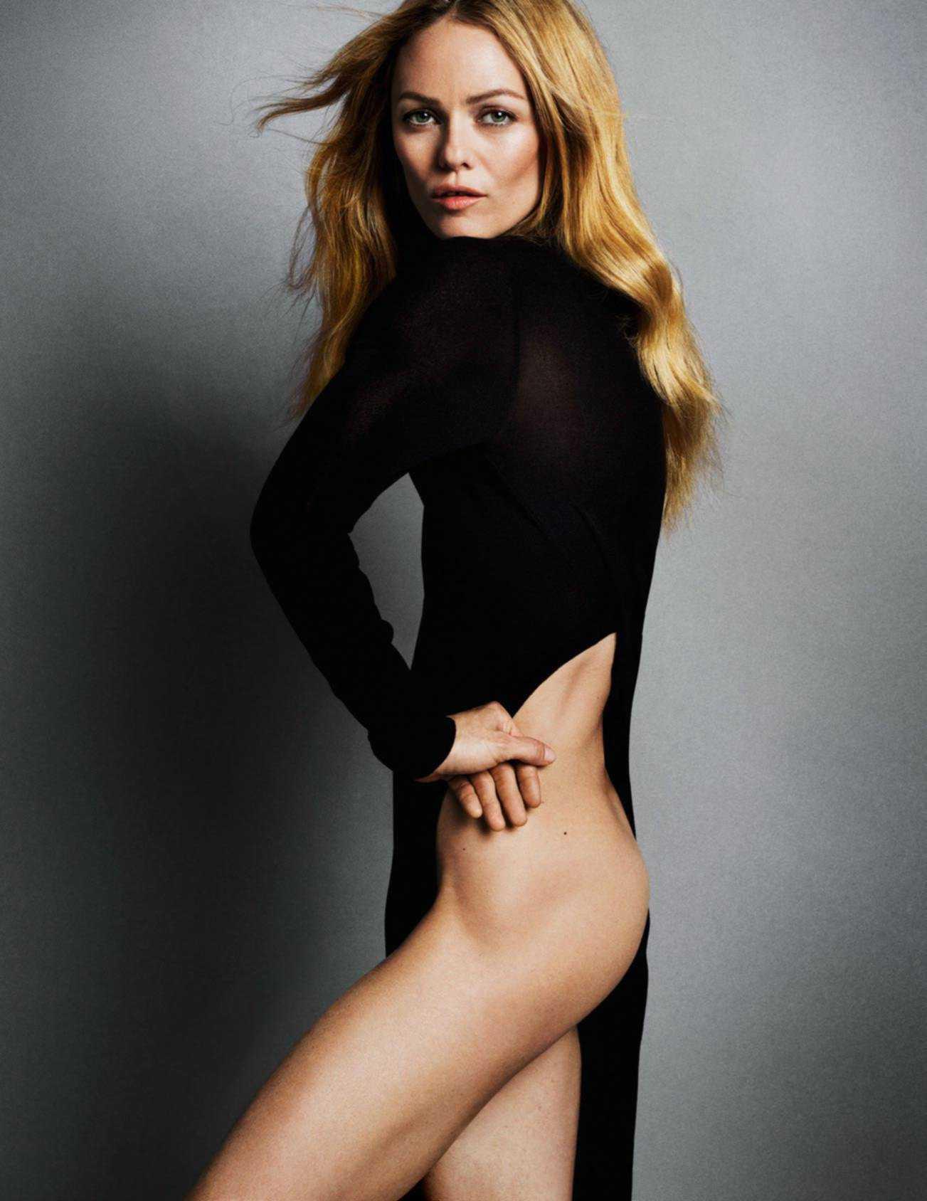 Vanessa Paradis booty pics