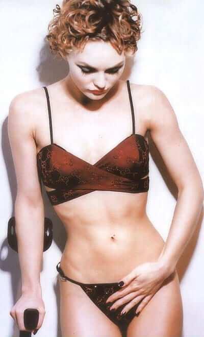 Vanessa Paradis sexy bikini pics