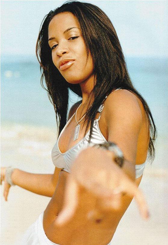 aaliyah-bikini-pictures