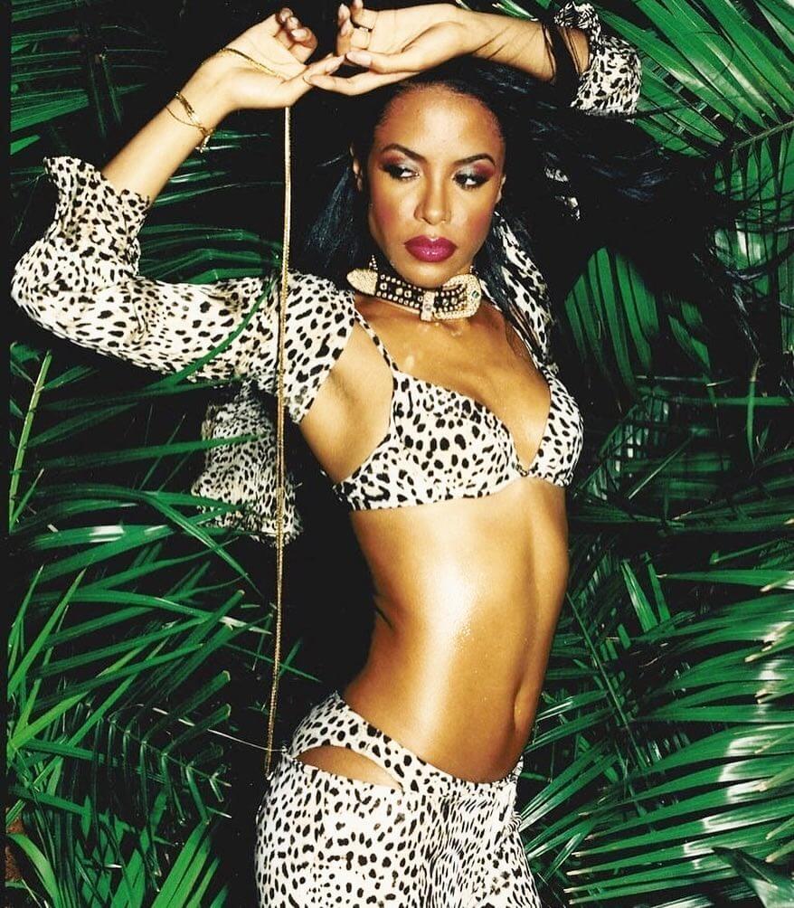 aaliyah-sexy-bikini