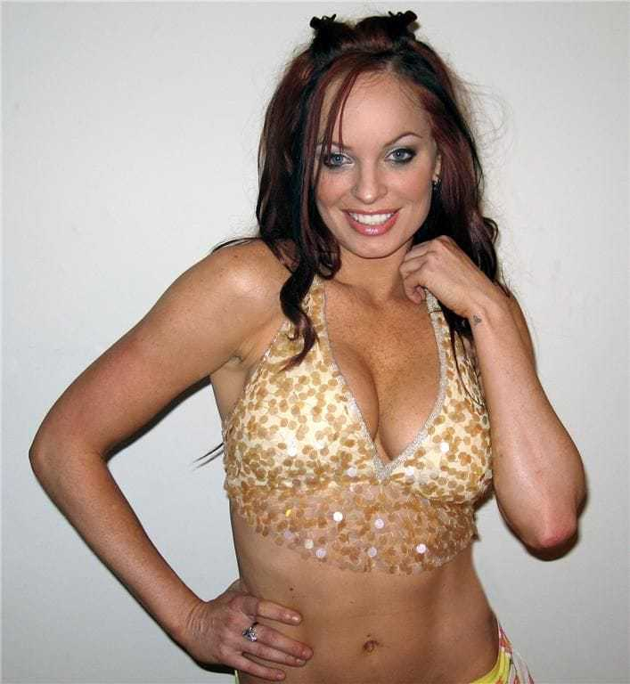 christy hemme cleavage photo
