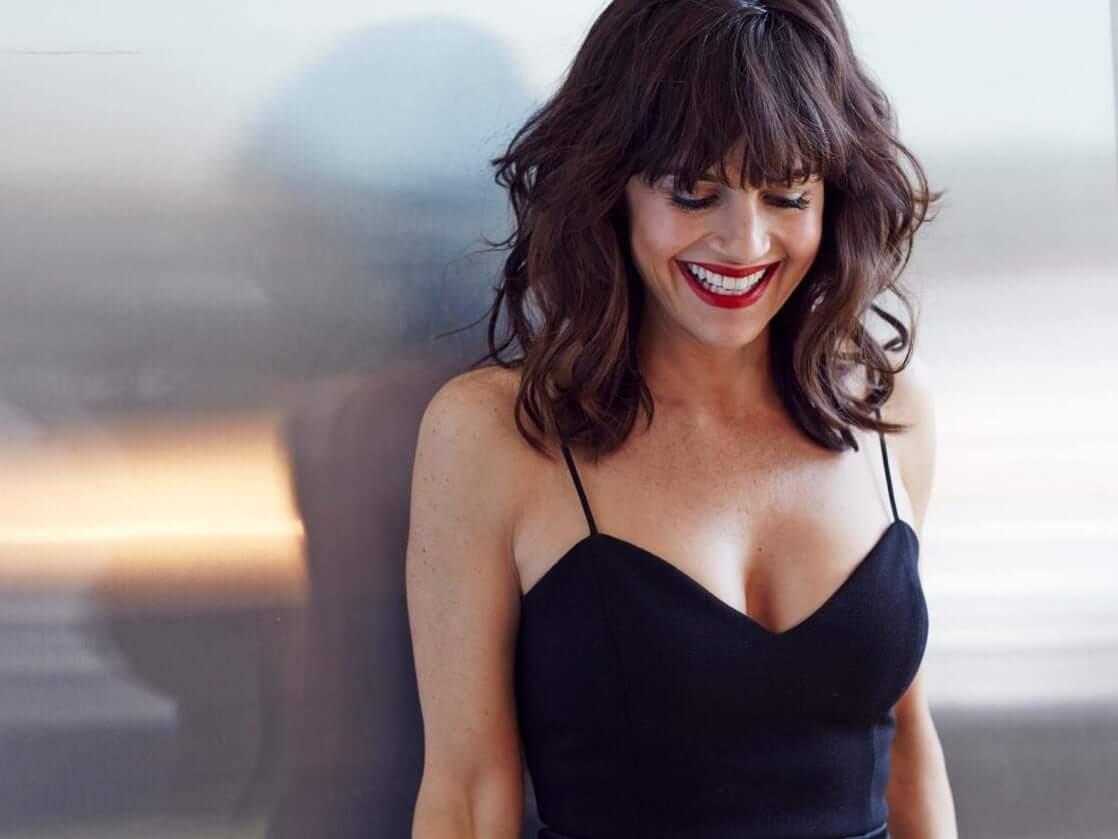 cleavage photo