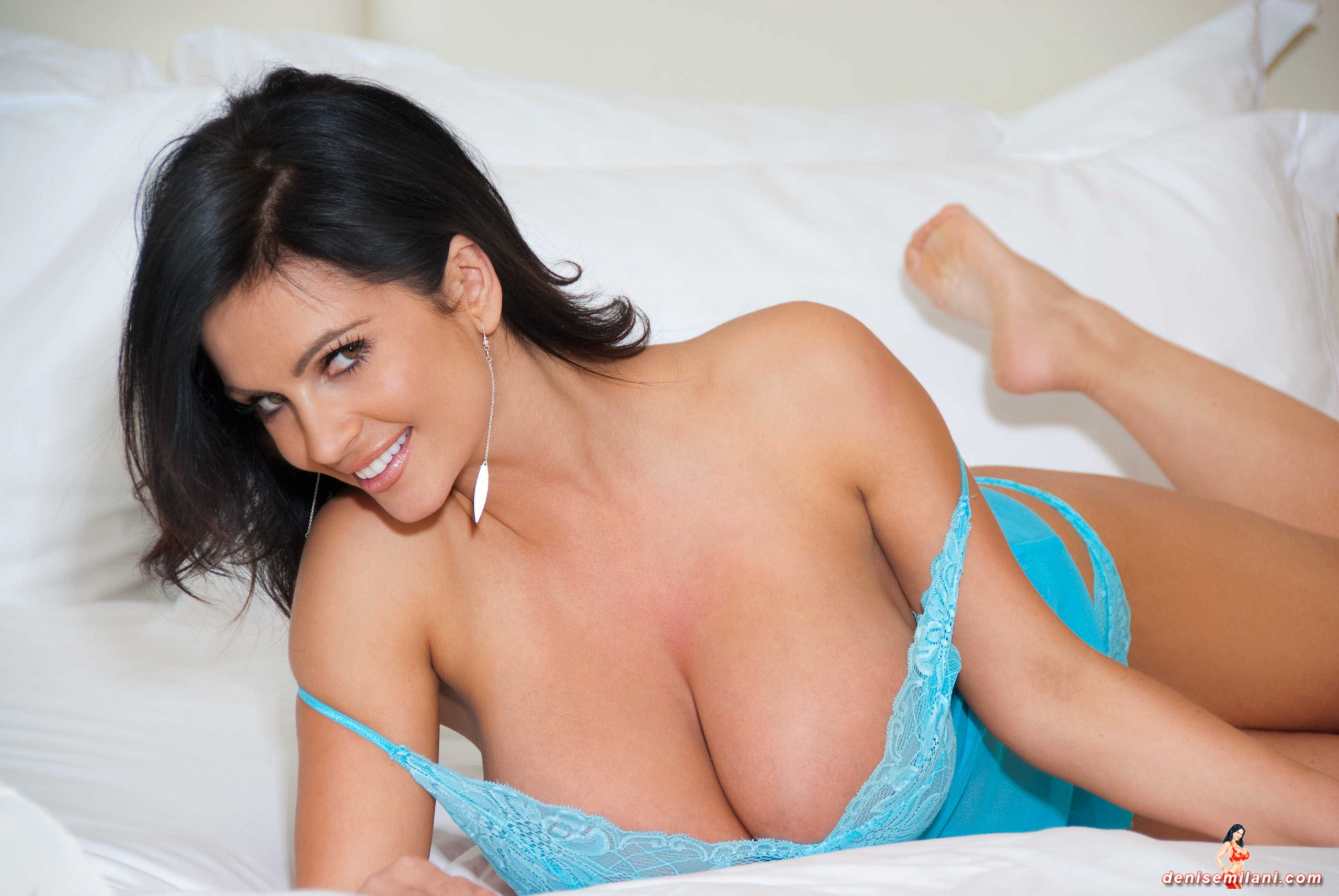 denise milani sexy pictures