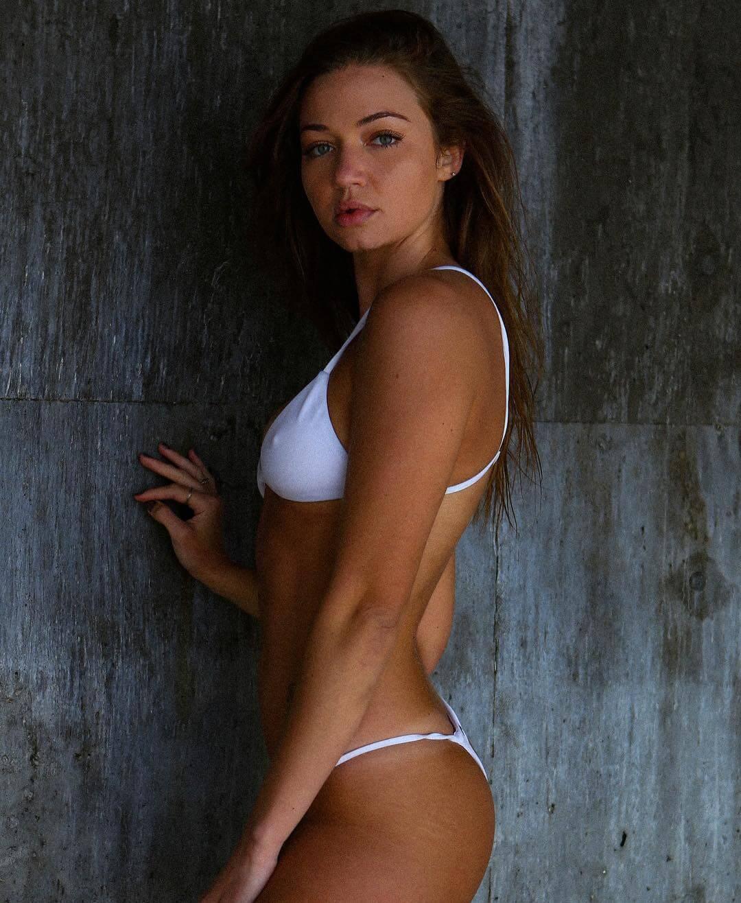 erika costell too hot
