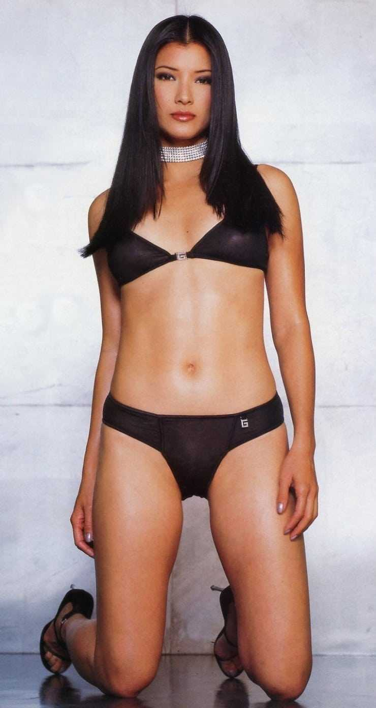 kelly hu black bikini