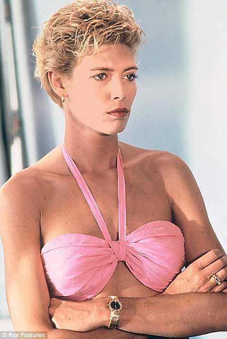 kelly mcgillis bikini