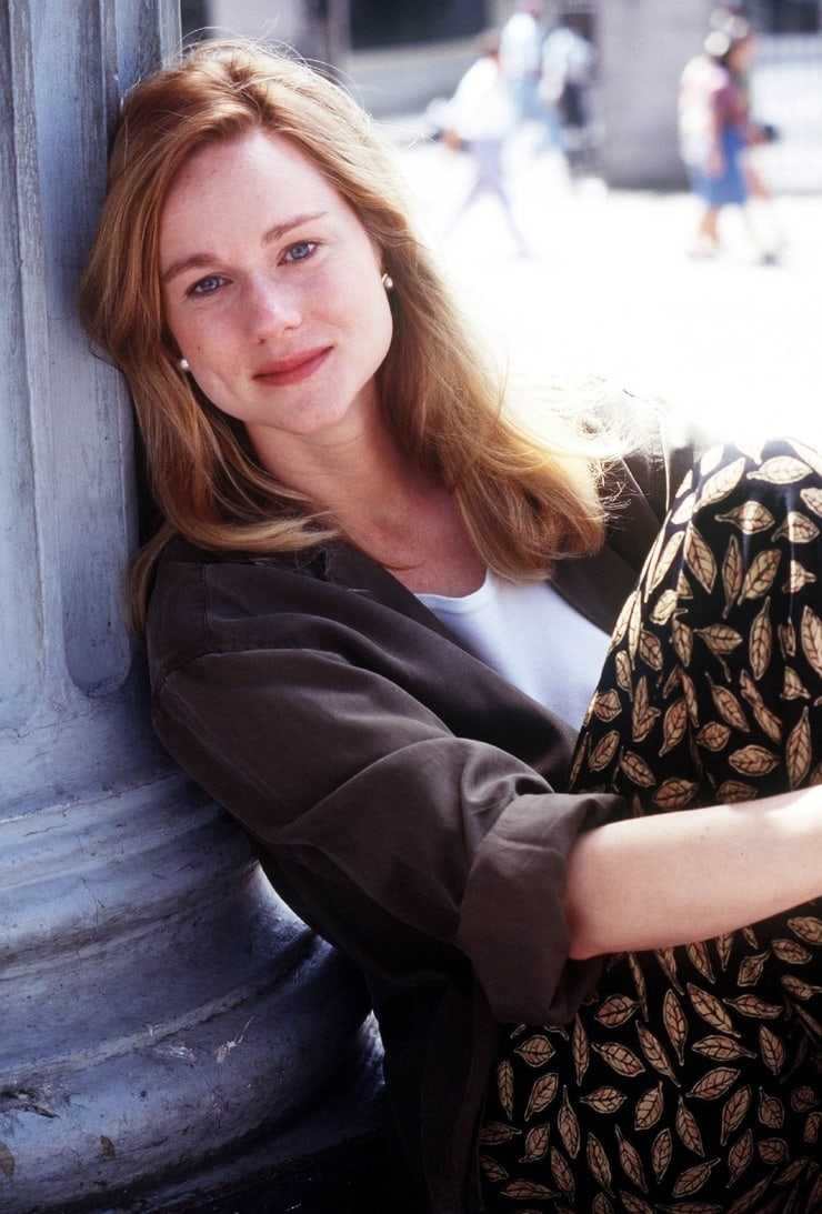 laura linney gorgeous
