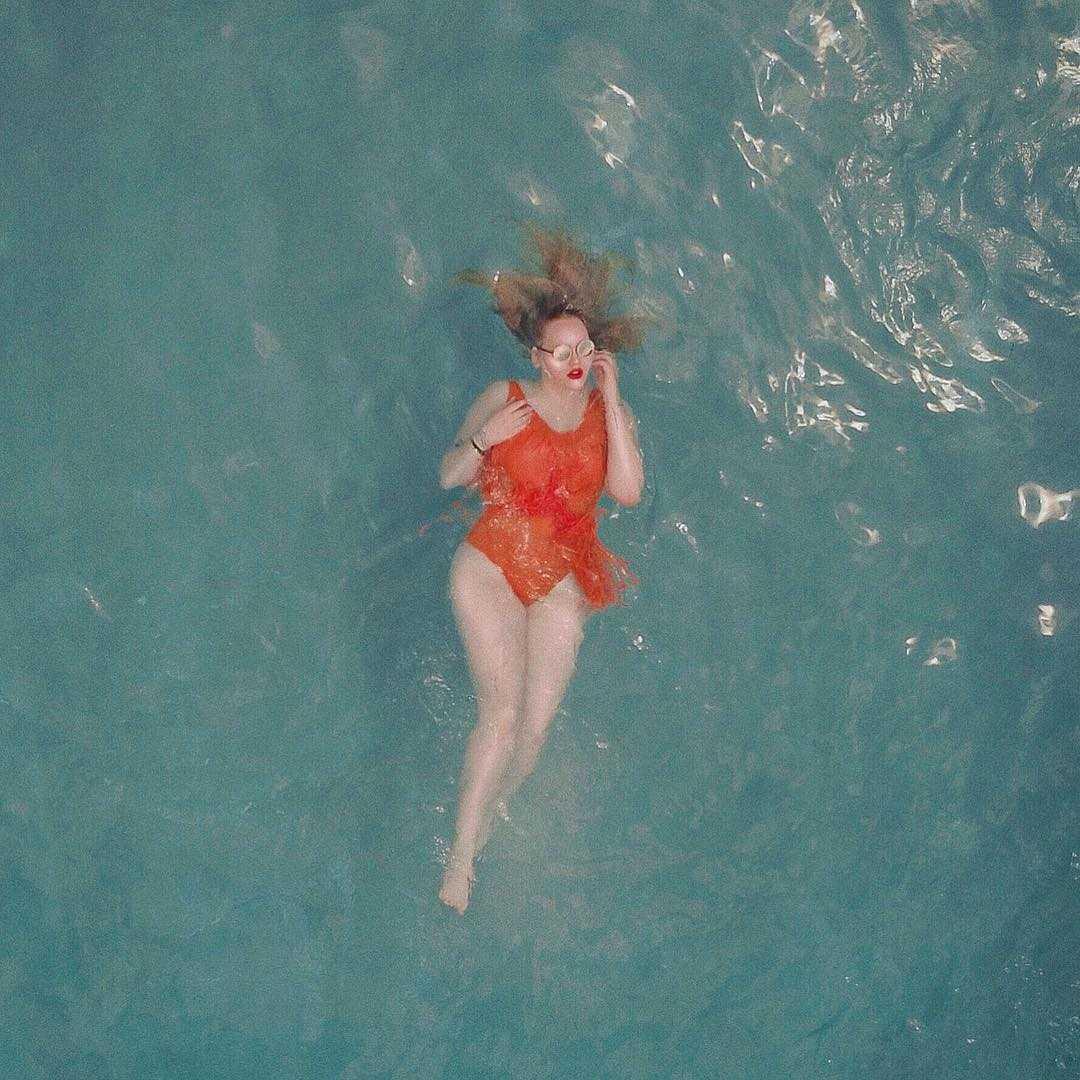 nikkie tutorials swimsuit