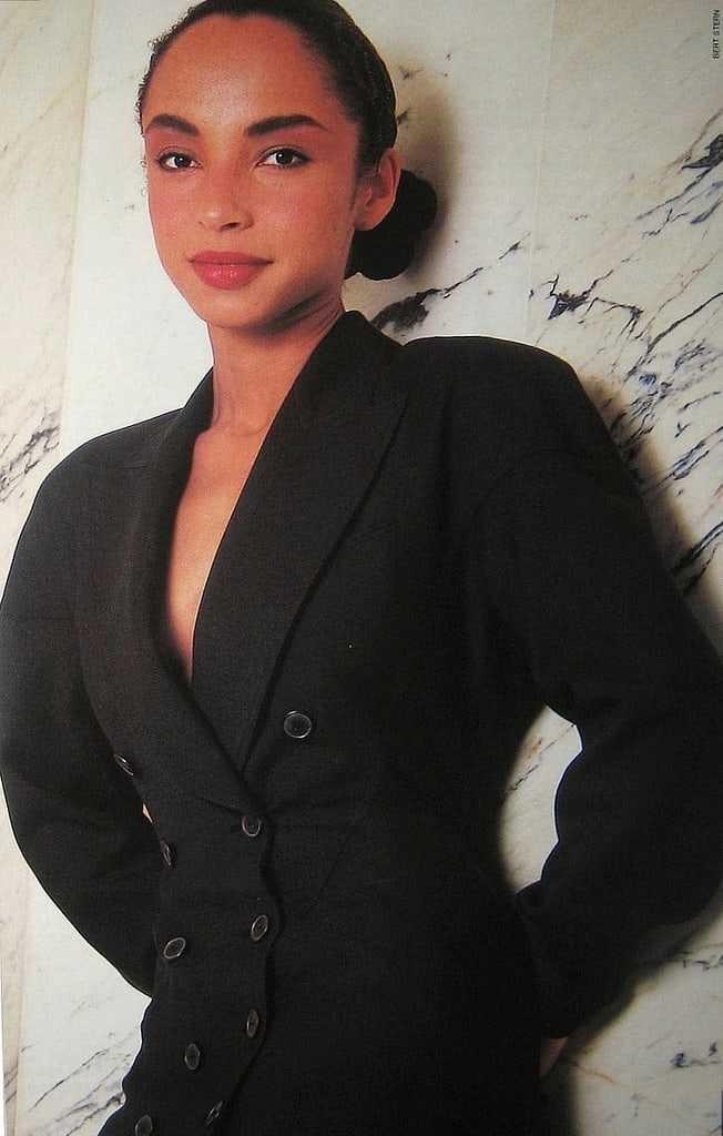 sade adu cleavage pics