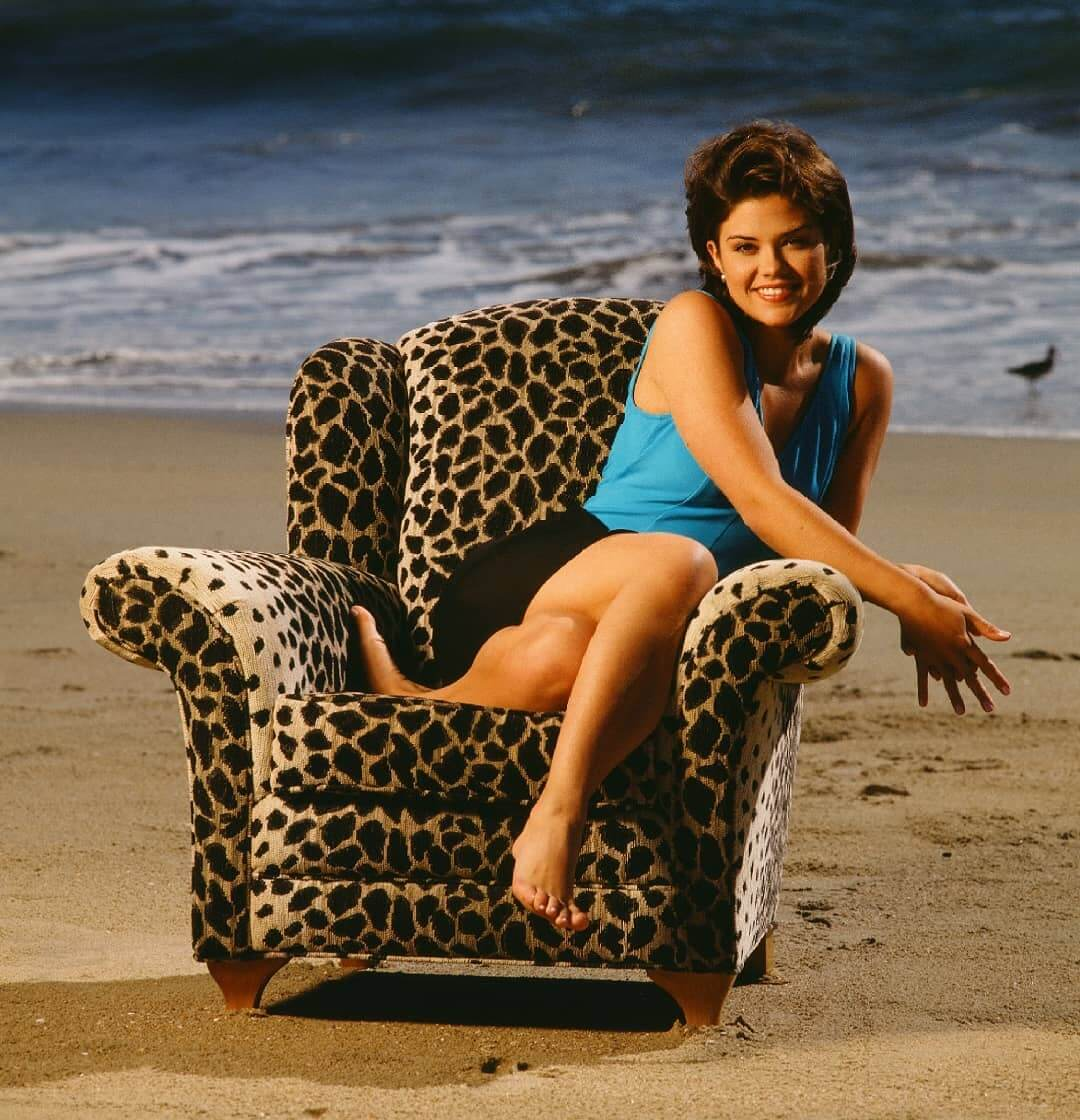 susan ward bare feet pictures