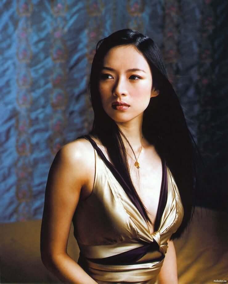 ziyi zhang cleavage