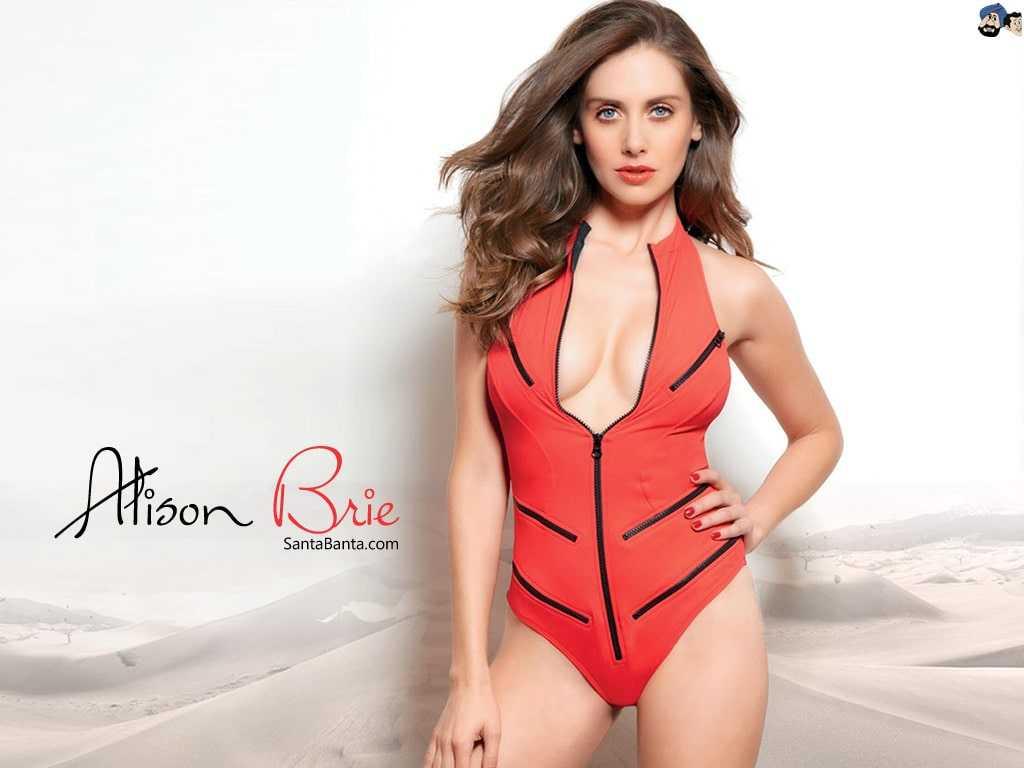 Alison Brie sexy photos