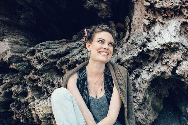 Anna Van Hooft smile