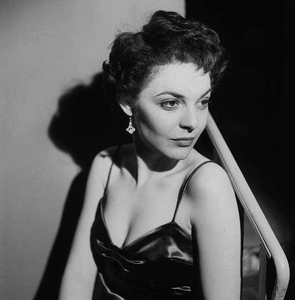 Anne Bancroft hot cleavage
