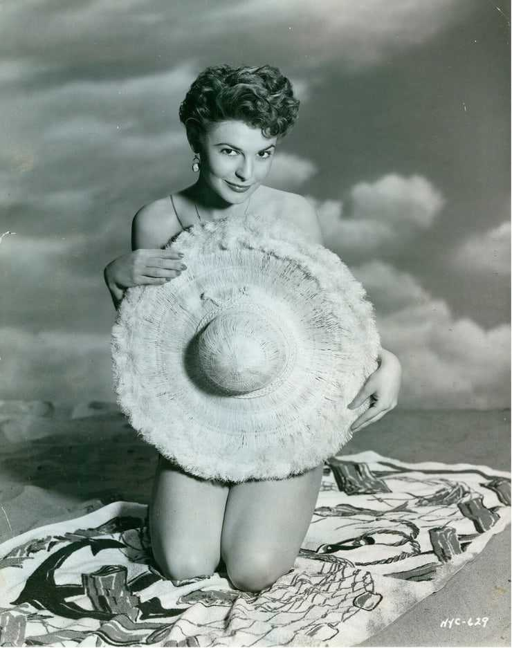 Anne Bancroft sexy pictures