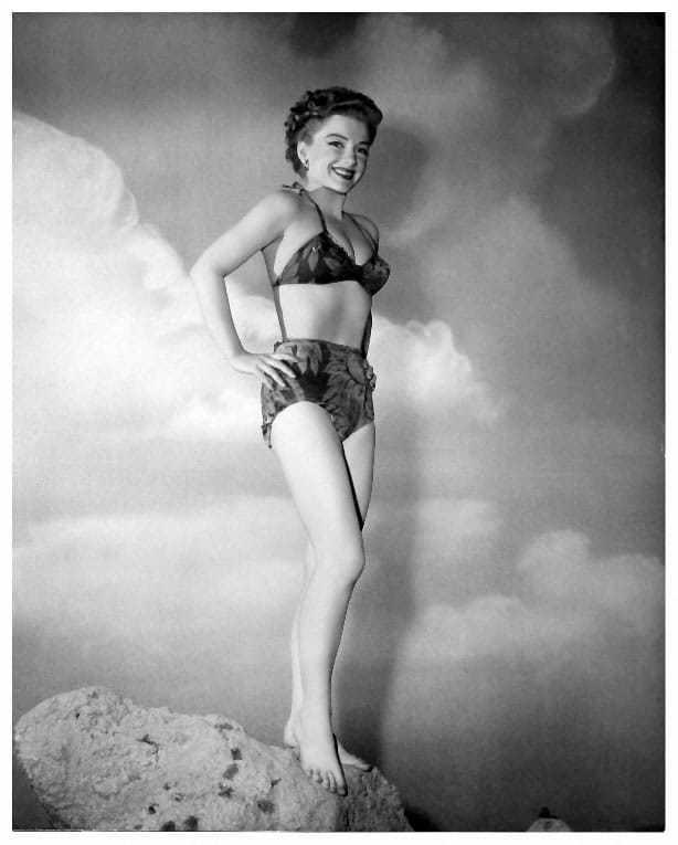 Anne Baxter hot bikini pic