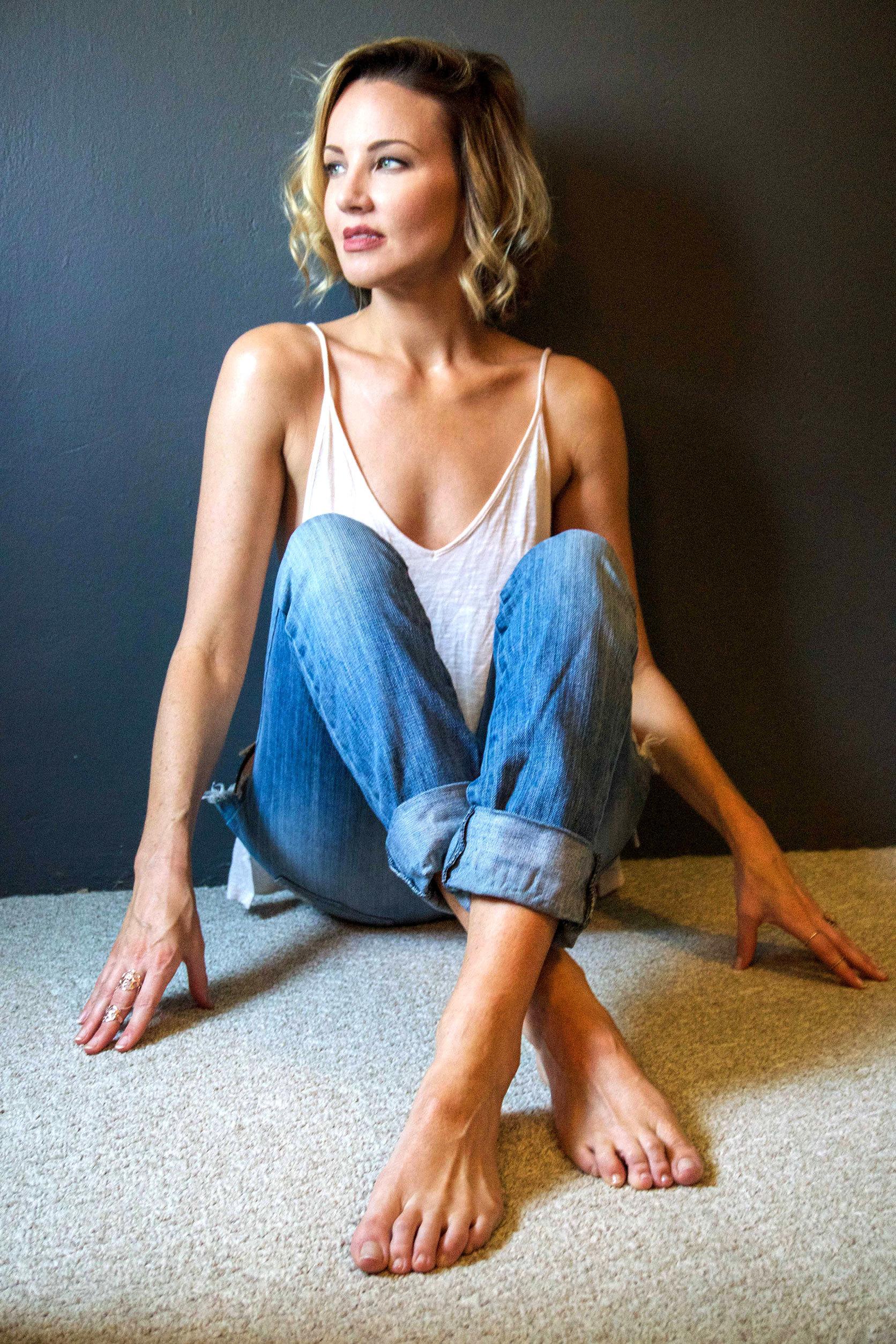 Brianne Davis lovely