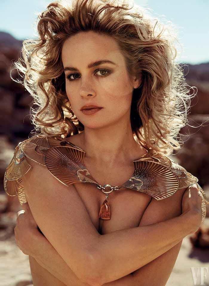 Brie-Larson-cleavage-pics