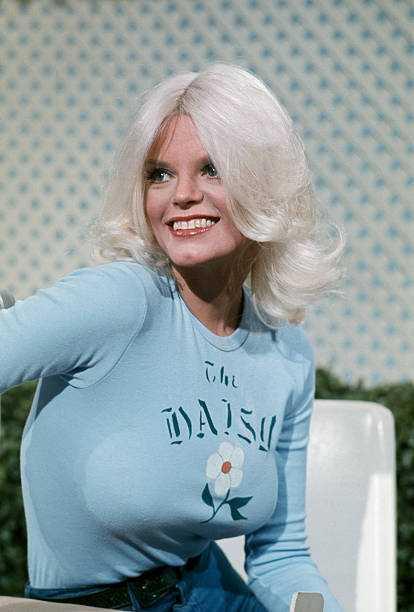 Carol Wayne