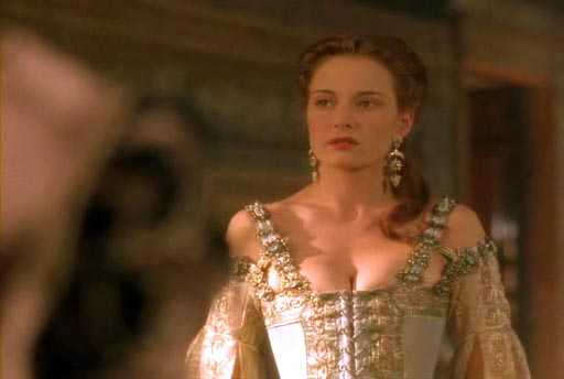 Catherine McCormack hot cleavage