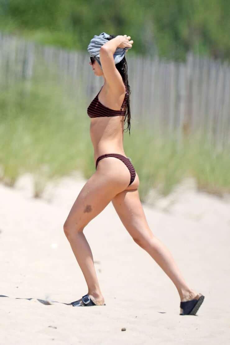 Dakota Johnson butt pictures