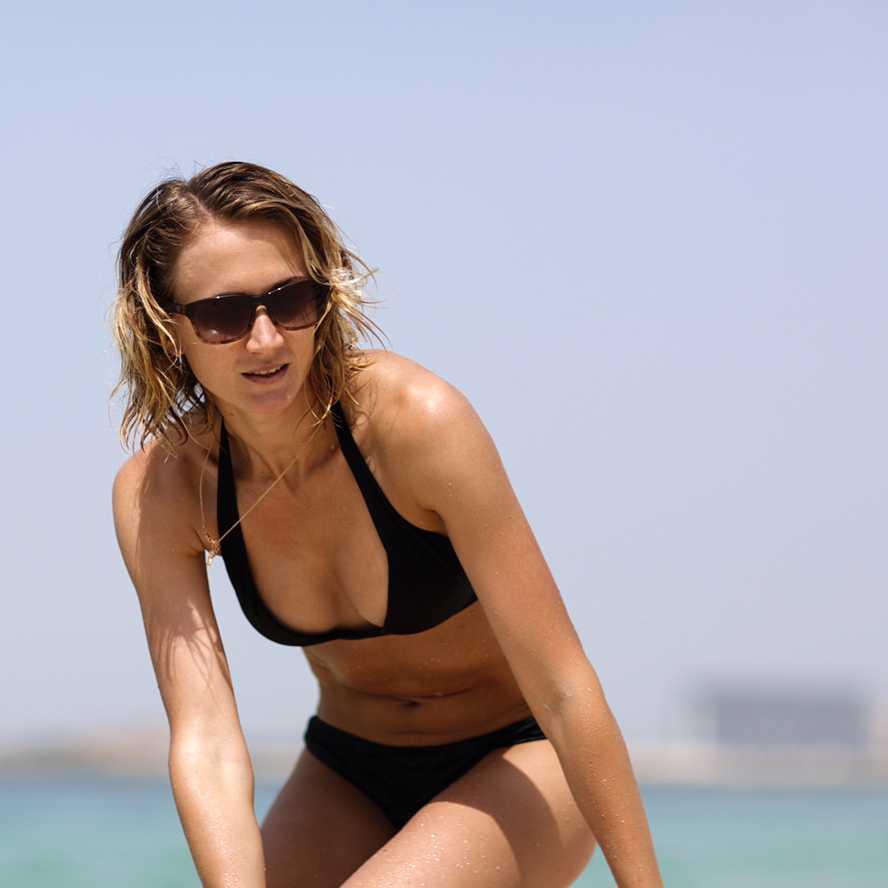 Ekaterina Poistogova sexy cleavage pic