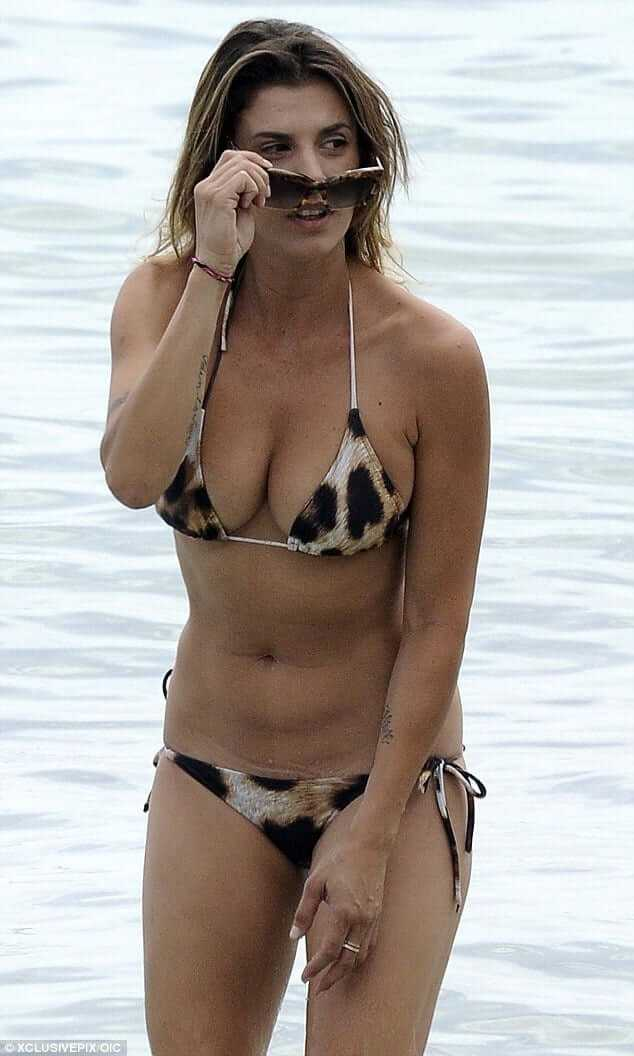 Elisabetta-Canalis-awesome-bikini-2