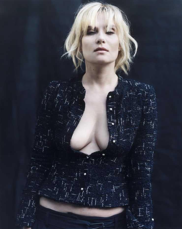Emmanuelle Seigner hot photo