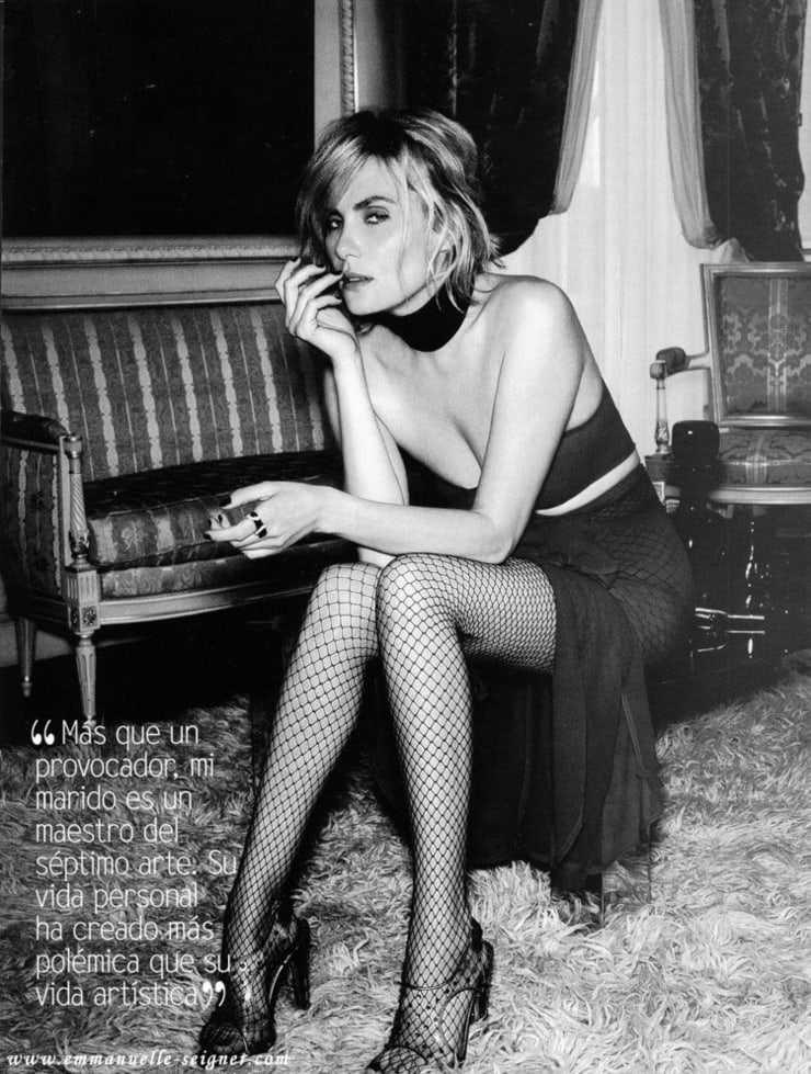 Emmanuelle Seigner sexy legs pic