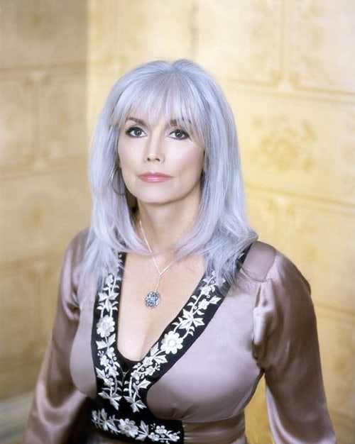 Emmylou Harris hot and sexy