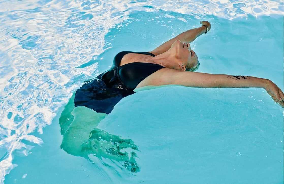 Estelle Lefébure swimsuit