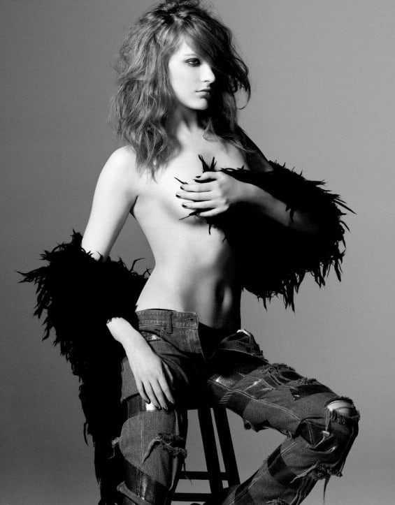Evan Rachel Wood hot topless pic
