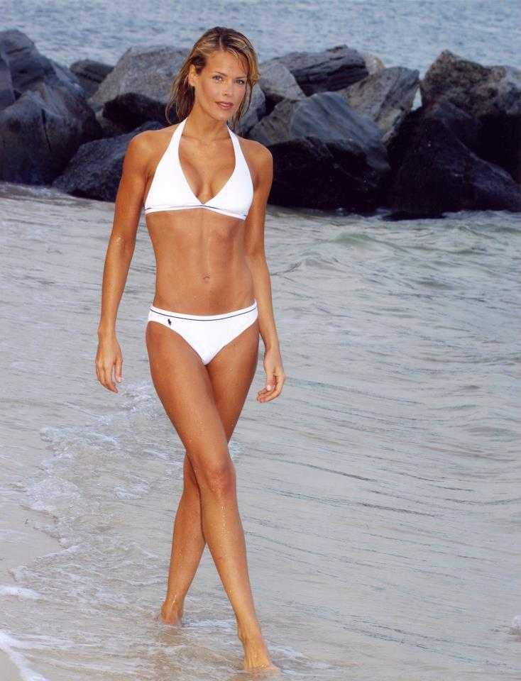 Heidi Albertsen sexy white bikini pic