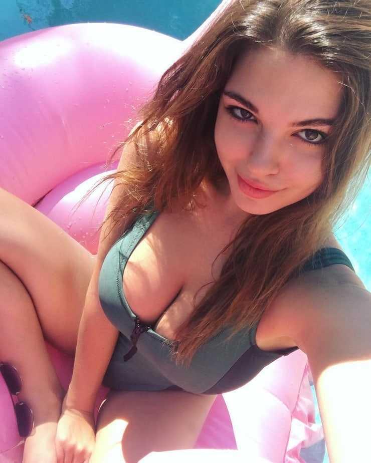Jessica Ashley beautiful