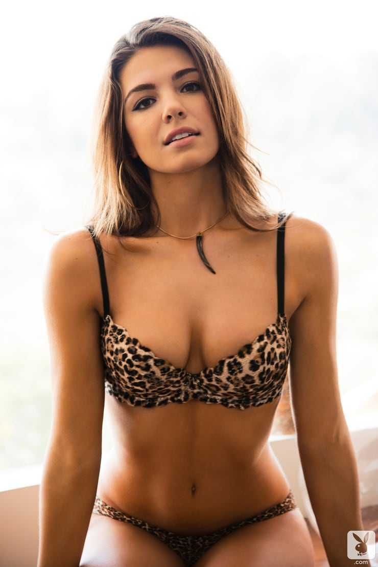 Jessica-Ashley-boobs-pics