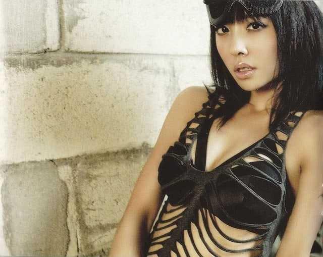 Jolin Tsai sexy bikini