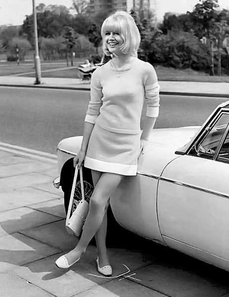 Judy Geeson hot